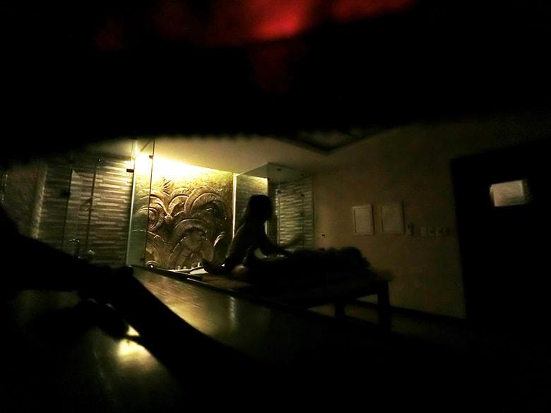 ラオカイのホテルのエロサービスを盗撮